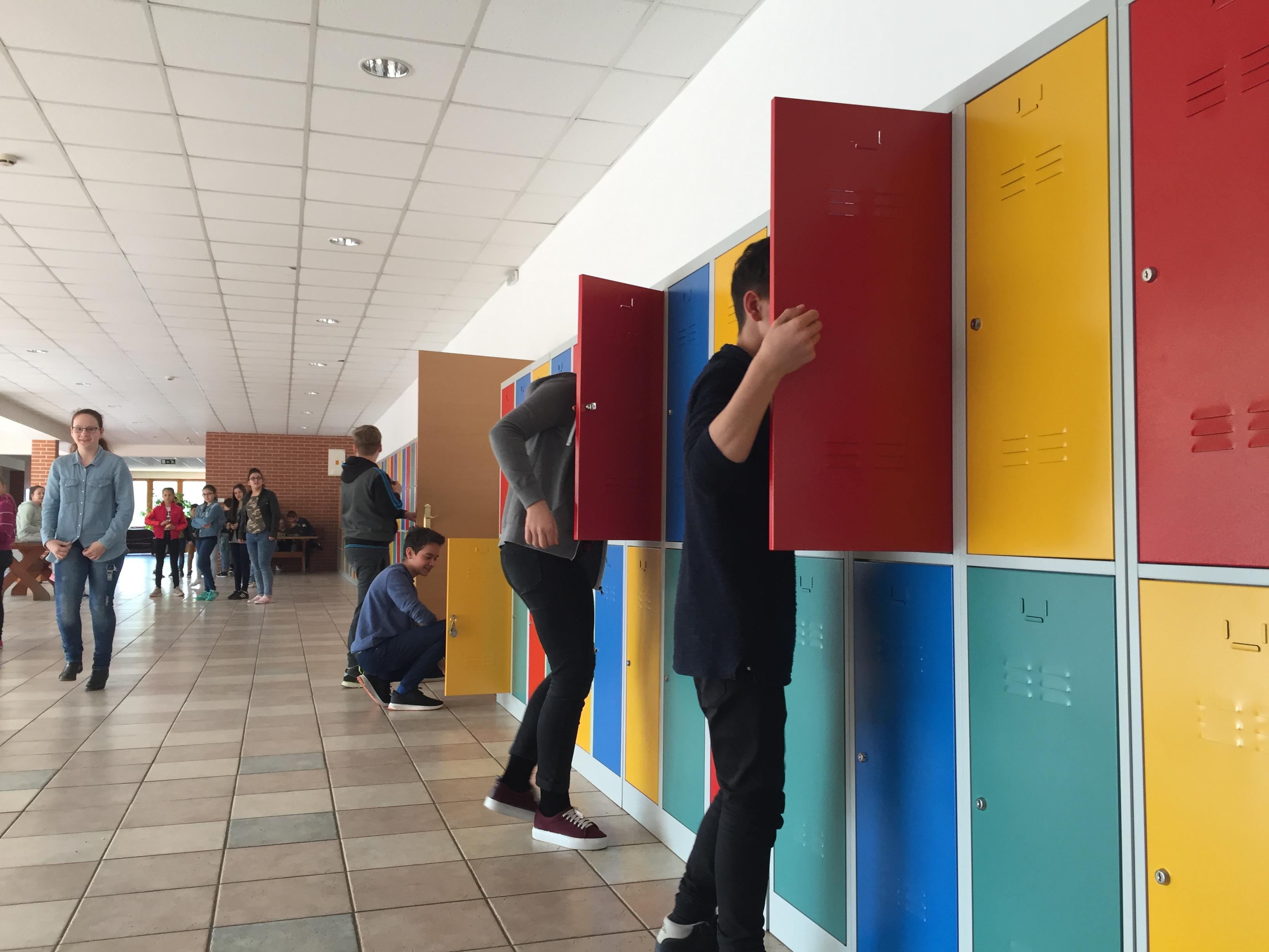 Új tanulói szekrények az iskolában