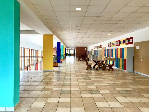 """Új """"színfoltok"""" iskolánkban"""